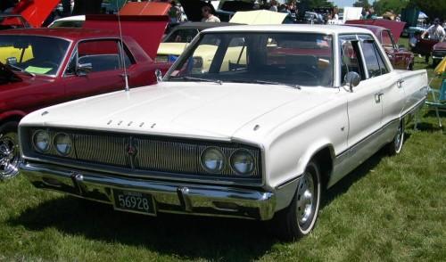 1967_Dodge_Coronet